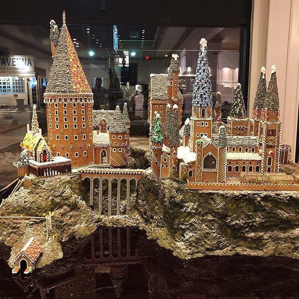 Harry-Potter-Gingerbread-Hogwarts-Castle